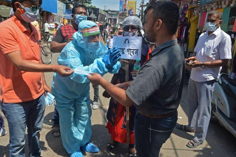 Bishops set prayer day as pandemic deaths spiral in India