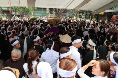 Vietnamese Catholics mourn revered priest
