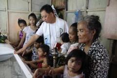 Filipinos seek deliverance on Divine Mercy Sunday