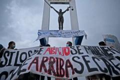 Jesuits condemn political chaos in El Salvador