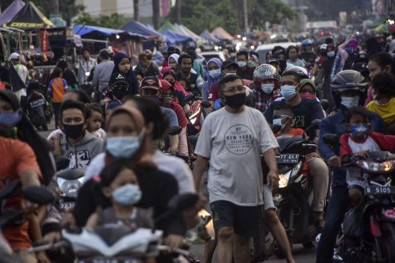 Fears grow of Covid-19 surge as Indonesians celebrate Eid al-Fitr