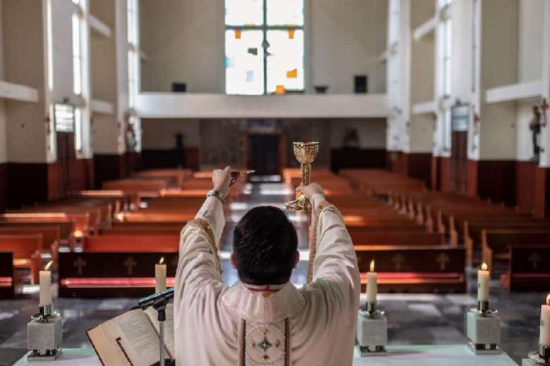 Filipino churchgoers want better music at Mass