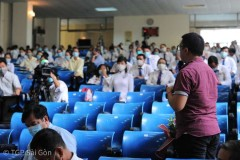 Vietnam prelate calls on journalists to report truthfully