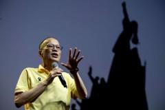Filipinos remember Aquino as corruption-fighting president