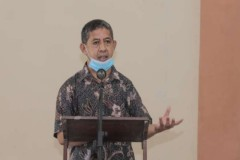 Indonesian priest 'sorry' for same-sex marriage comments