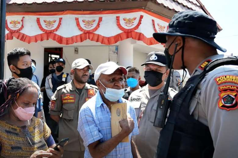 Indonesian police use force as protests flare in Papua