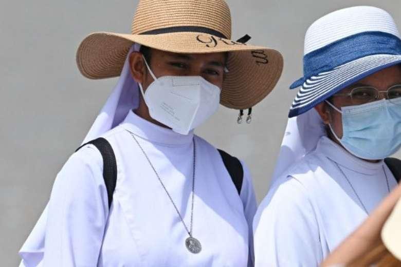 Pope: Latin American religious must give 'joyful witness'