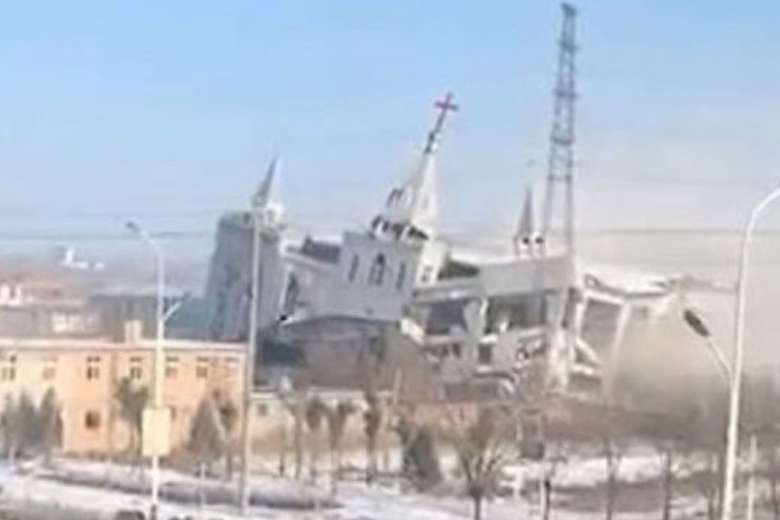 China arrests leaders of Evangelical church demolished in 2018