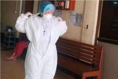 Myanmar's famous kneeling nun now helps Covid patients