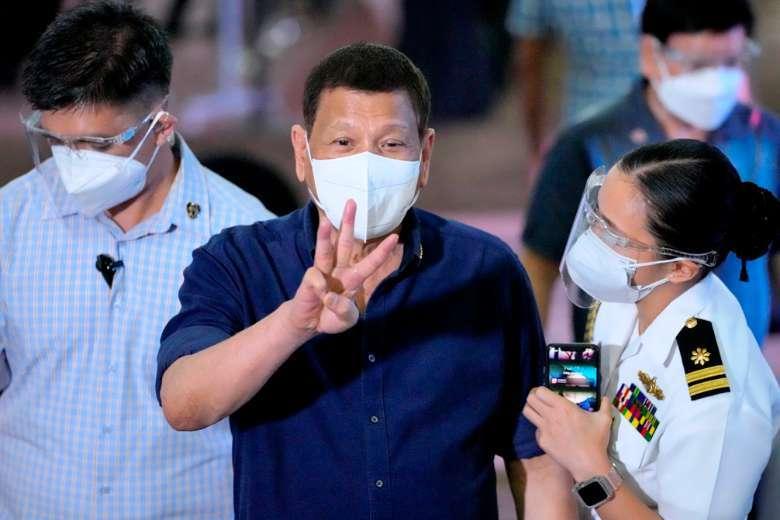Philippine priest takes jibes at Duterte's retirement plan